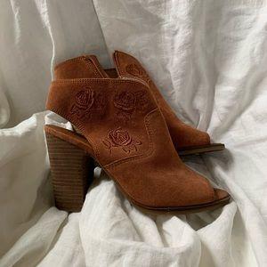 Lucky Brand Listana Bootie in Red Oak